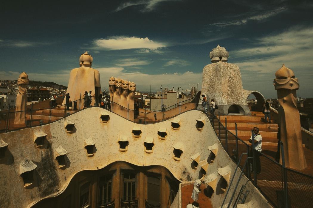 Casa Mila (La Pedrera) Barselona - Antoni Gaudi Fotoğraf : Oylum Yüksel