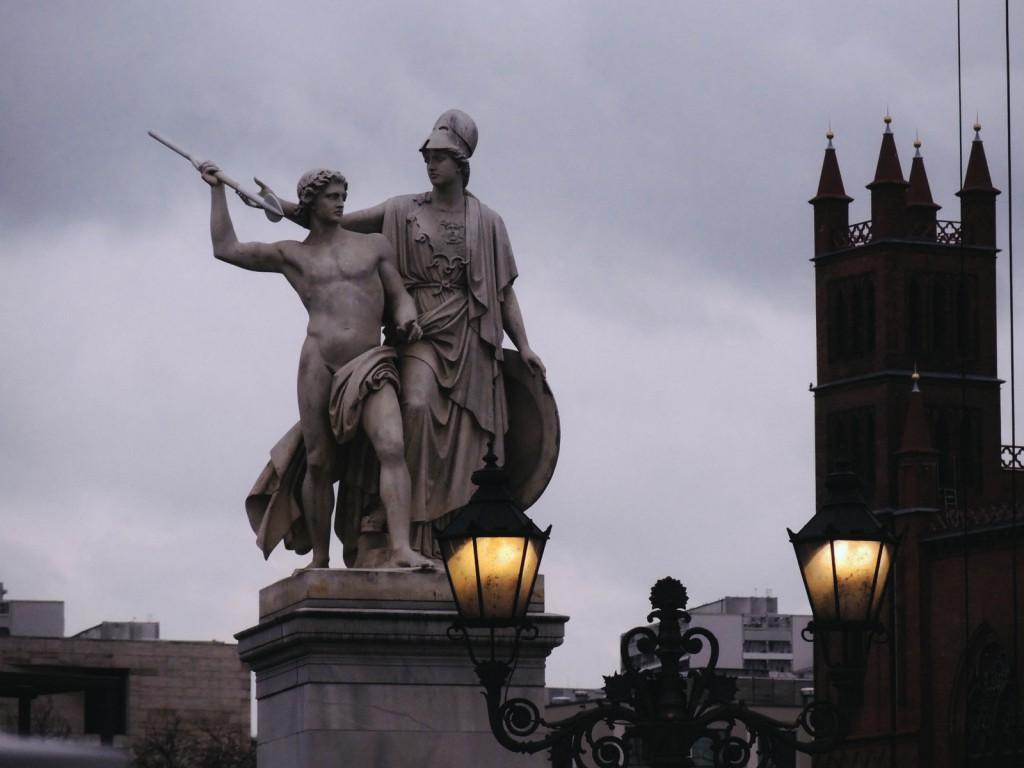 Palace Bridge, Deutsches Historisches Museum ve Berlin Katedrali'nin ortası