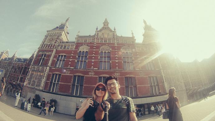Oylum & Onur - Amsterdam Centraal Station - Temmuz 2014