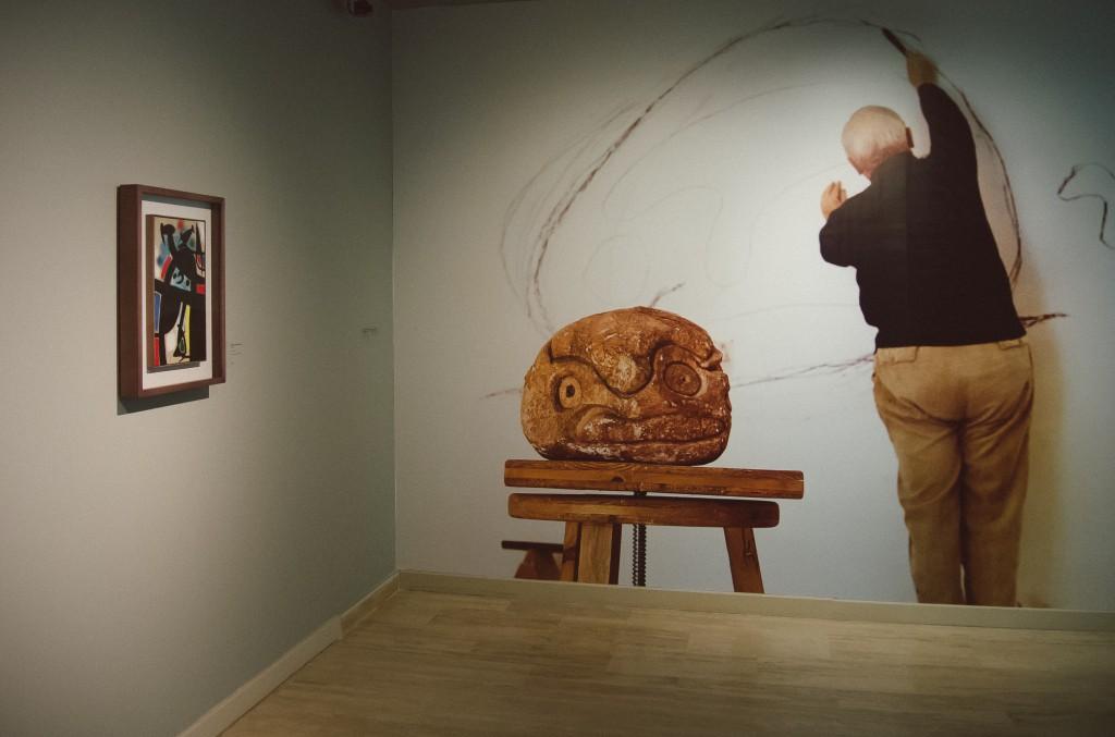 """Joan Miró """"Kadınlar, Kuşlar, Yıldızlar"""" sergisi 23 Eylül 2014 - 1 Şubat 2015 arası İstanbul SSM'de"""