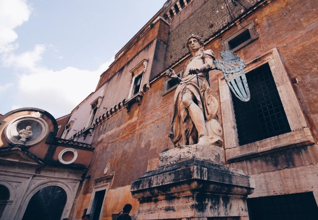 Raffaello da Montelupo St. Michael tasviri meleği (1536)