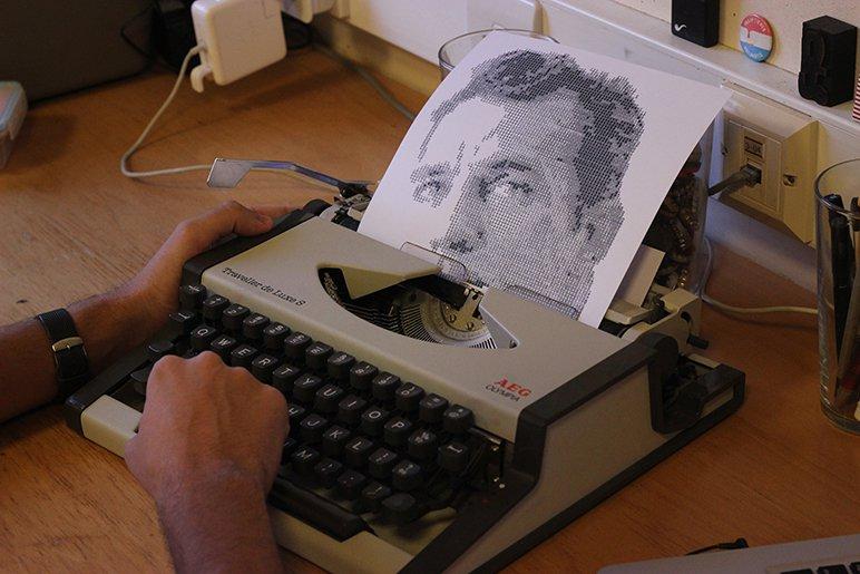 Alvaro-Franco-baya-iyi-daktilo-portreler-1