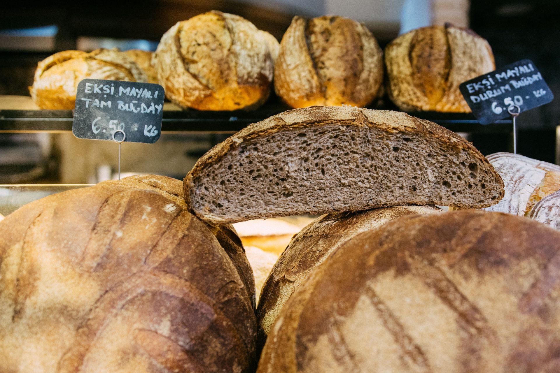 Pasto'da ekşi mayalı ekmekler