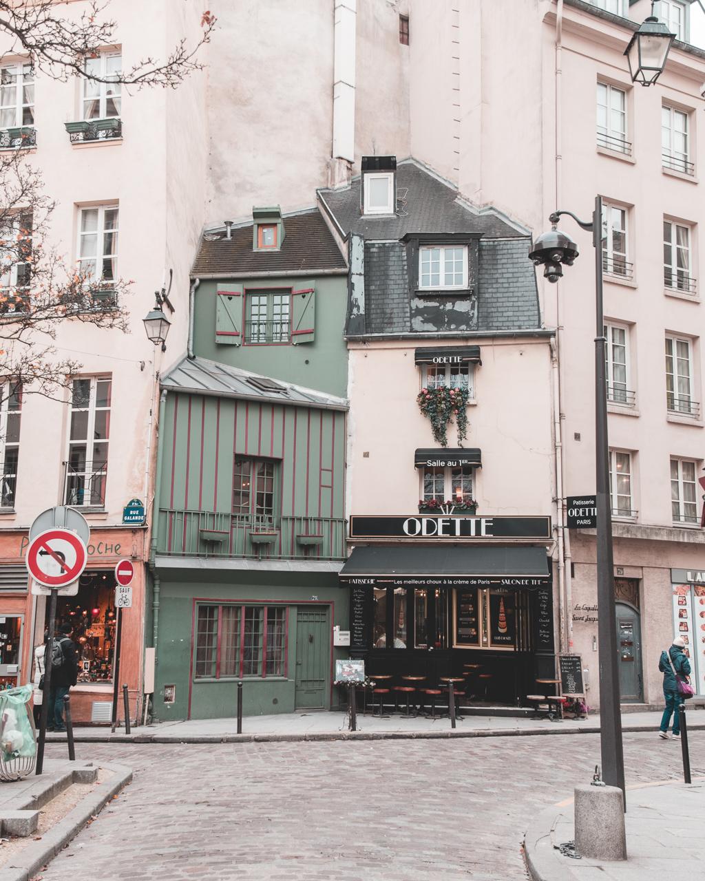 Birinci yıl sürprizi Paris'te ev